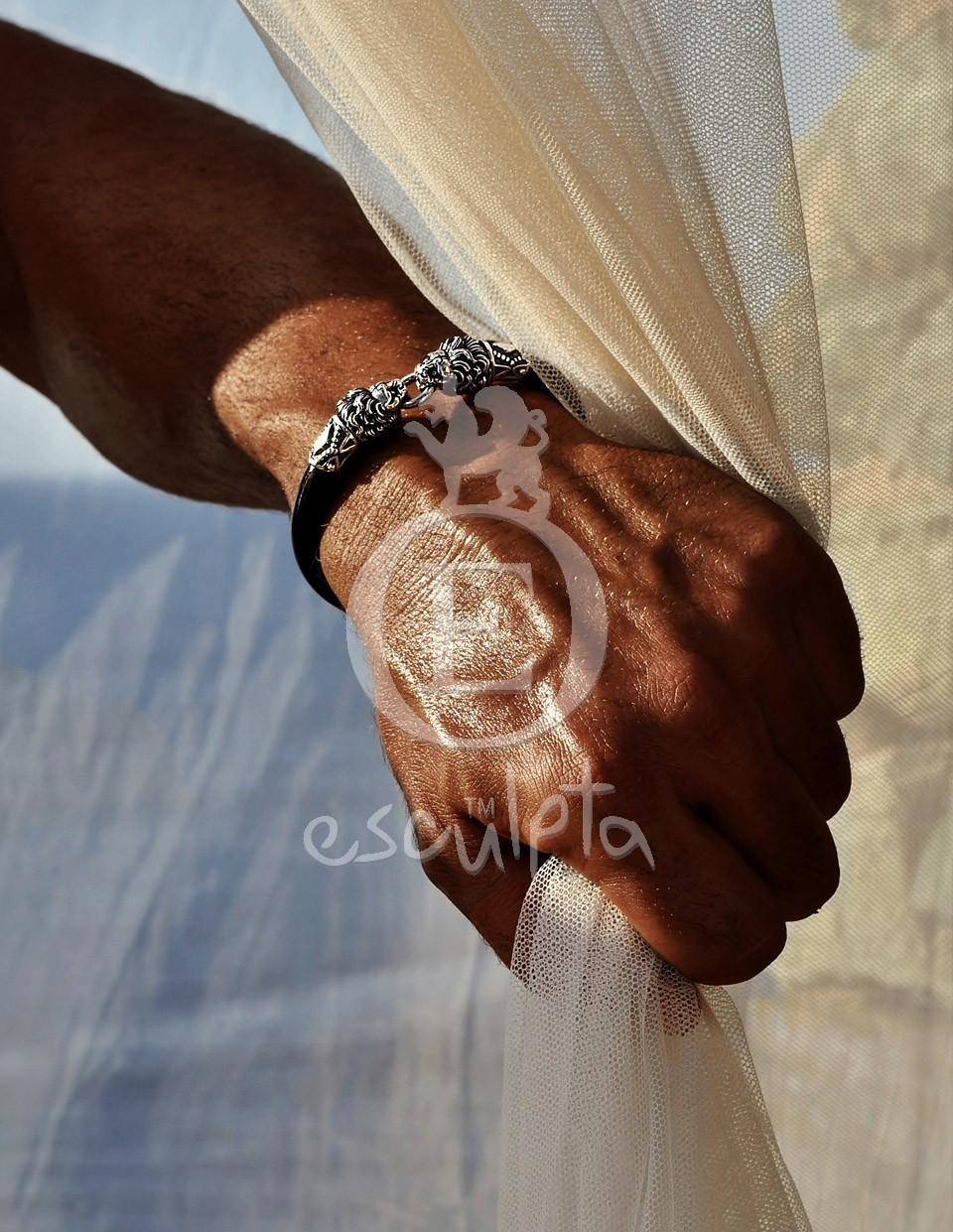 Lions Head Rubber Bracelet